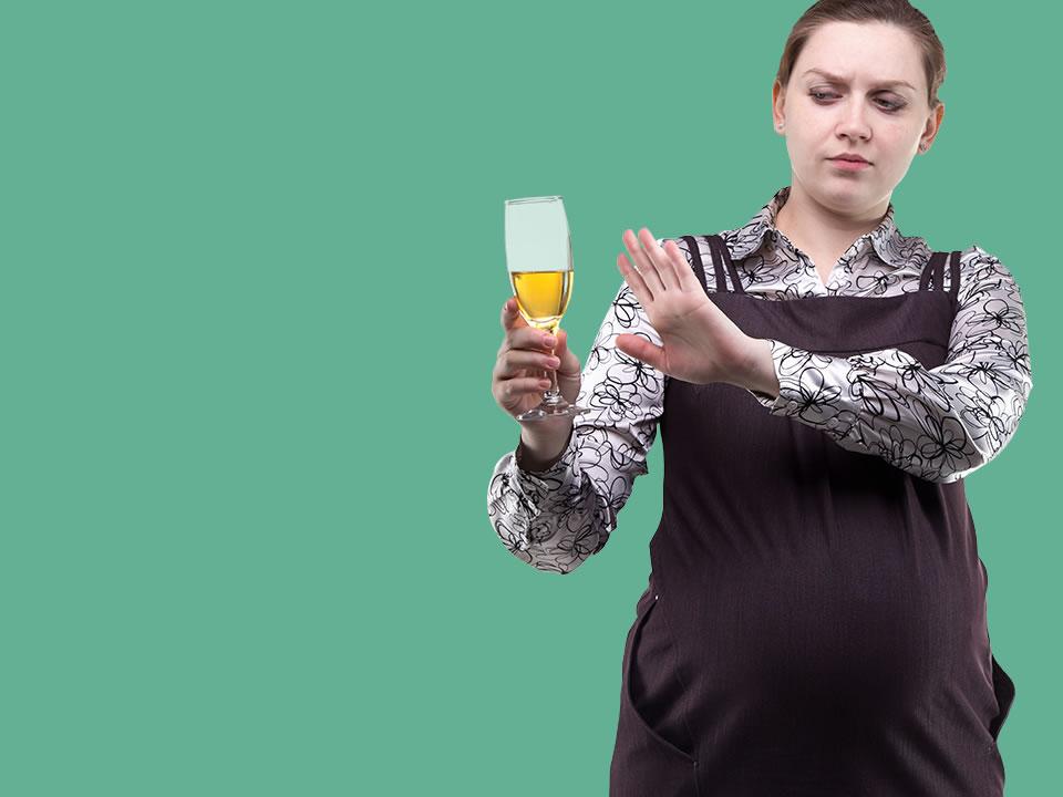 Evita estos 4 alimentos durante el embarazo